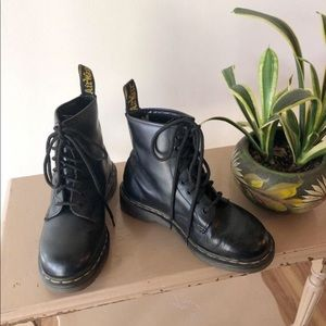 Vintage Dr. Martens Black Leather Lace Up Boots